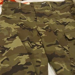 George - BNWT Camo Skinny Stretch Pants 16W